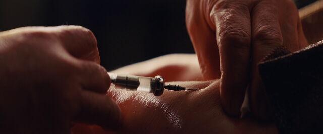 File:Morphine syringe.jpg