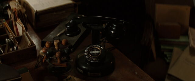 File:Rotary dial phone in Shosanna's office.jpg