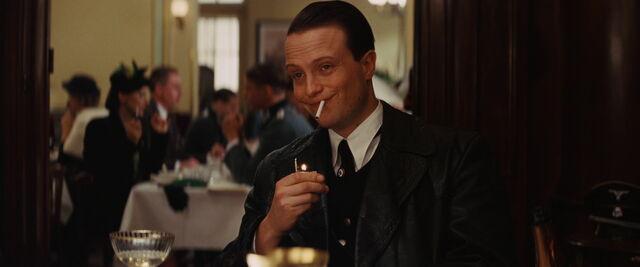 File:Dieter Hellstrom smiles to Goebbels.jpg