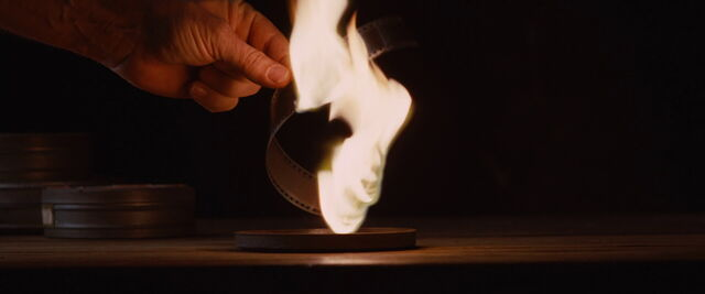 File:Film nitrate burning.jpg