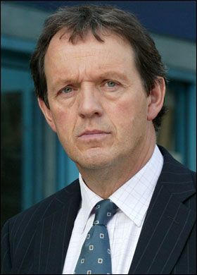 File:Kevin Whately as Lewis.jpg