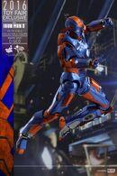 Hot-Toys-Iron-Man-3-Disco-Mark-XXVII-Collectible-Figure PR5-600x900