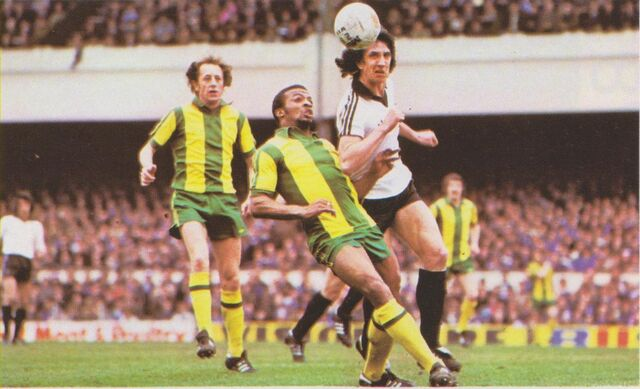 File:Paul Mariner and Cyrille Regis.jpeg