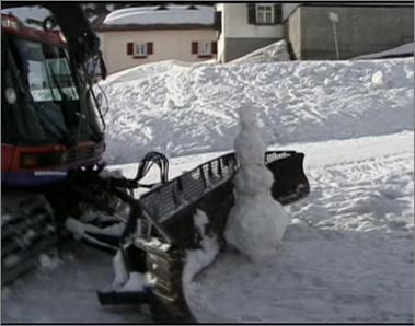File:Snowcat VS Snowman.png