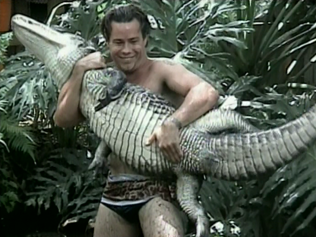 File:Alligatorama.png