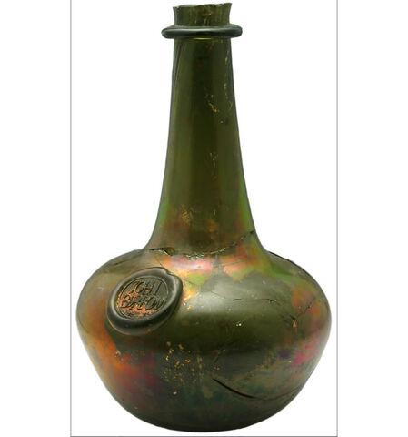 File:Wine bottle 700.jpg
