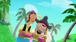 Sharky&Bones-Pirate-Sitting Pirates