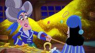 Hook&Mama Hook-Captain Scrooge06