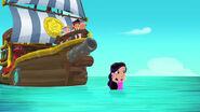 Marina-Undersea Bucky03