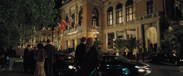 File:Casino Royale (90).png