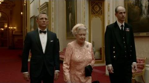 James Bond escorts The Queen to the opening ceremony - London 2012 Olympic Games - BBC-0