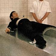 James Bond (Christopher Cazenove)