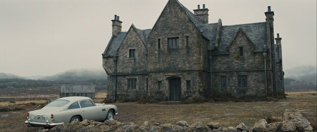 File:Skyfall - Arriving at Skyfall Lodge.jpg