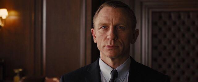 File:James Bond, Skyfall.jpg