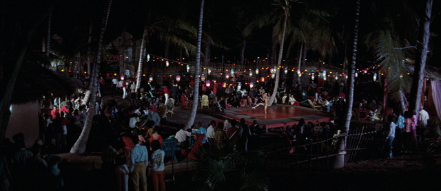 File:The Kiss Kiss Club (Nassau, Bahamas) 1.png