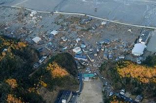 File:Japan-tsunami-earthquake-photo-stills-008.jpg