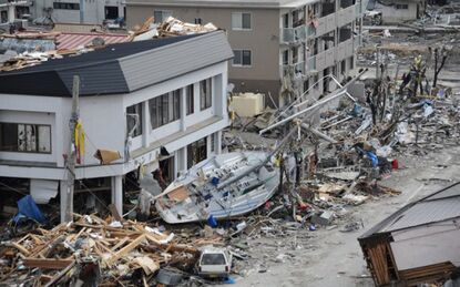 2011-japan-earthquake-damage-623x389-1-