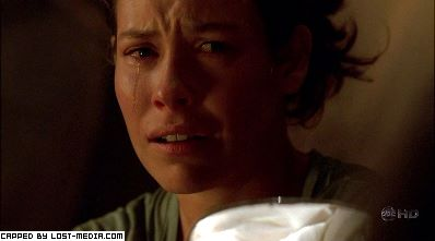 File:4x10Kate crying.jpg