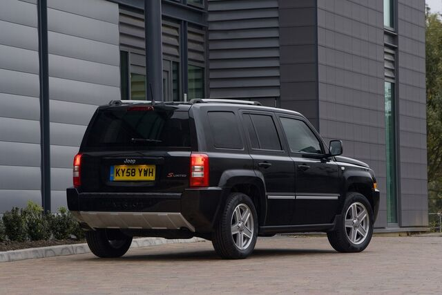 File:Jeep-Patriot-S-Limited-2.jpg