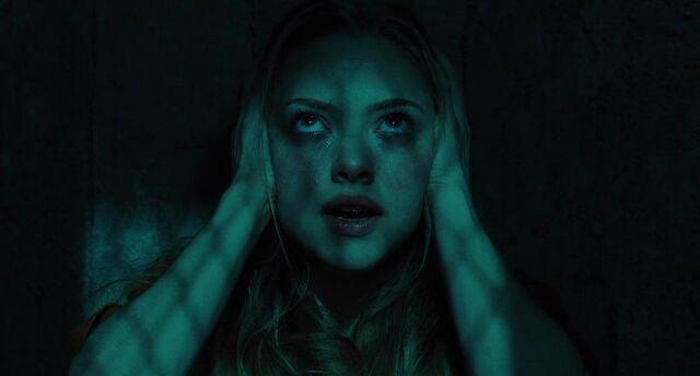 File:Amanda-seyfried-in-una-scena-del-film-jennifer-s-body-140967.jpg