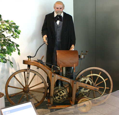 File:Daimler-1-motorcycle-1.jpg
