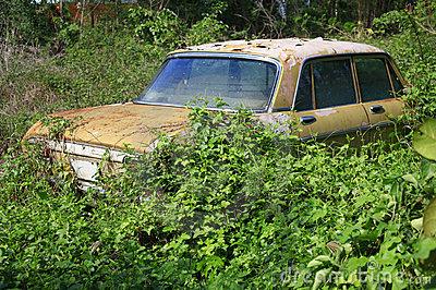 File:Old Car.jpg