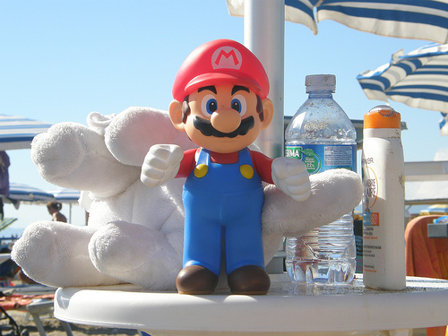 File:Super Mario at the beach.jpg
