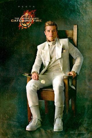 File:Josh Hutcherson- Catching Fire Peeta- 130307.jpg