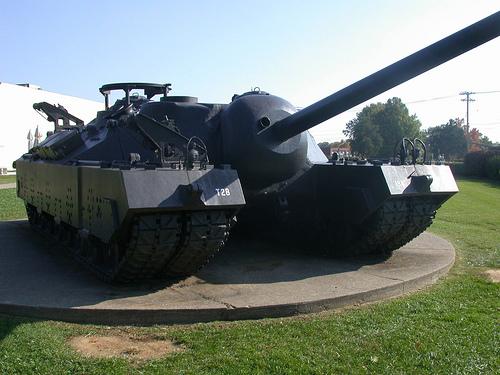 File:1944 U.S. T-28 Super Heavy Tank.jpg
