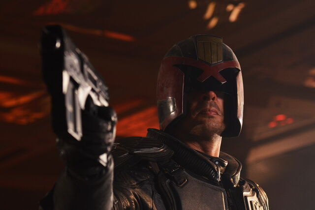 File:Karl Urban by Gage Skidmore.jpg