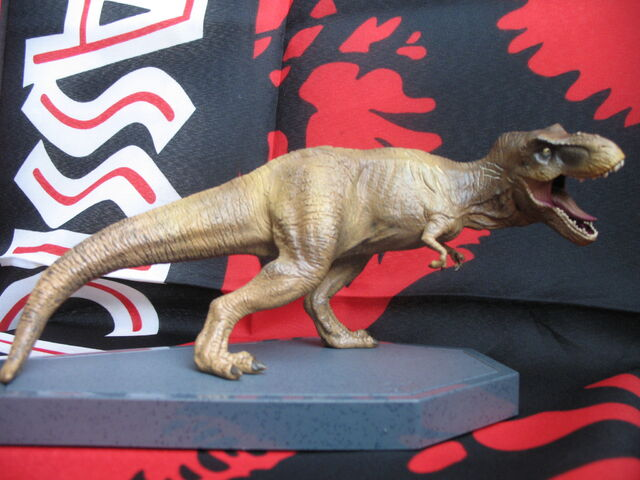 File:JW BR figurines10.jpg