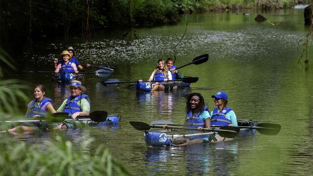 File:Cruise-kayakers-large.jpg