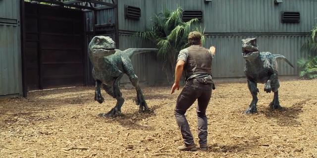File:Jurassic-World-Velociraptors-3.png