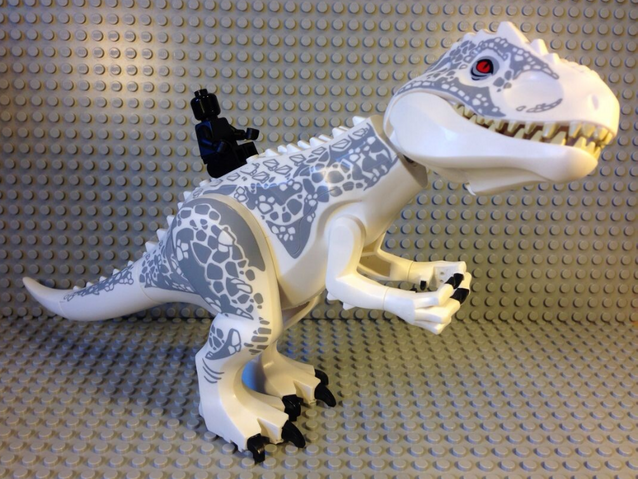File:LEGO-Jurassic-World-D-Rex-Diabolus-Rex-Figure-2-e1416115920147.png