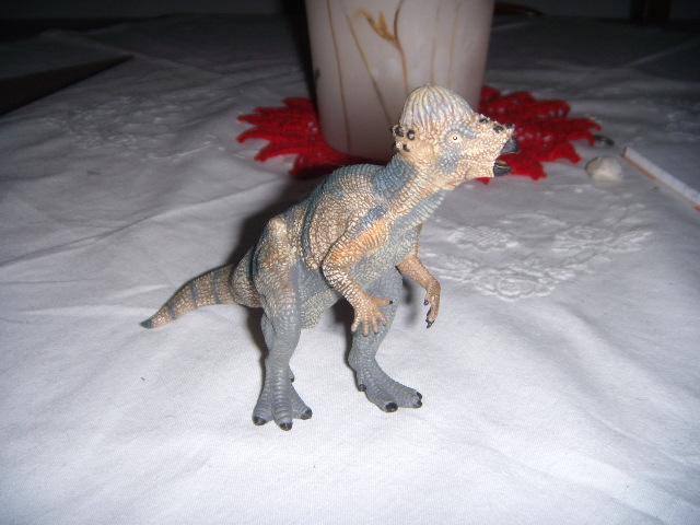 File:Papo Pachicephalosaurus.JPG