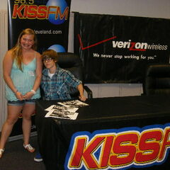 Justin gave one winner his guitar pick.