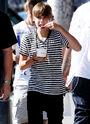 Justin and Ryan Butler eating frozen yogurt in LA