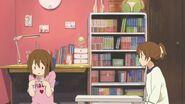 Yui wonders