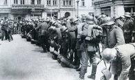1280px-Немцы в Киеве март 1918