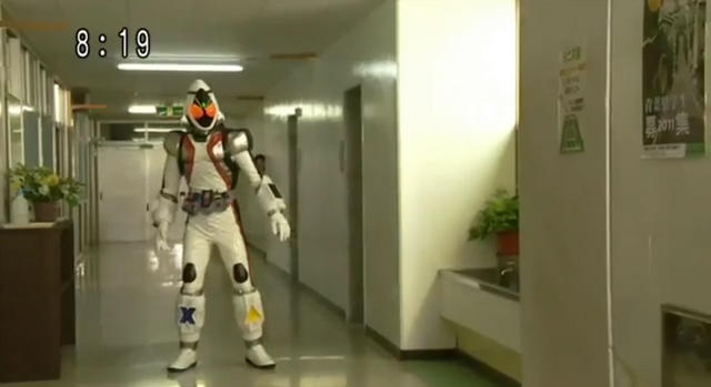 File:Fourze First Appearance.png