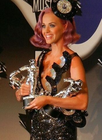 File:436px-Katy Perry - MTV VMA 2011 (2) cropped.jpg