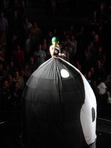 File:Katy Perry MSG 1.jpg