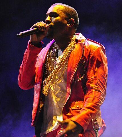 File:535px-Kanye West Lollapalooza Chile 2011 2.jpg