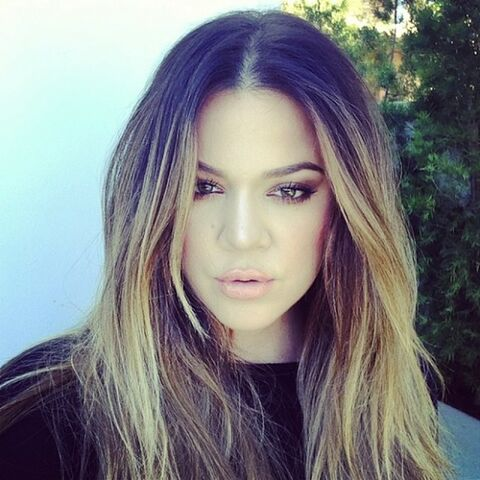 File:Khloe-Kardashian-Glam-Instagram-580x580.jpg