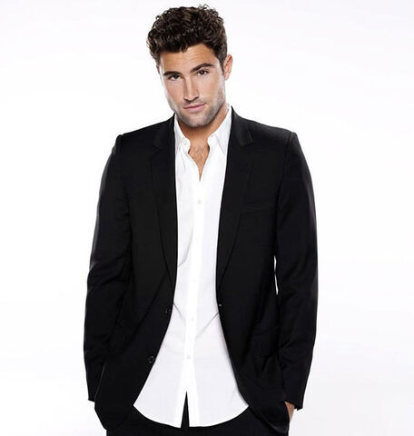File:The-Hills-Season-Five-Promo-Photoshoot-brody-jenner-11692185-570-600.jpg