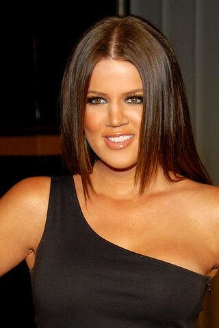 File:Khloe Kardashian 2009.jpg