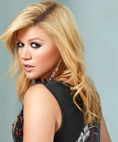 File:Kelly-Clarkson-Greatest-Hits-One-3-600x720.jpg