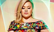 Kelly-Clarkson-007