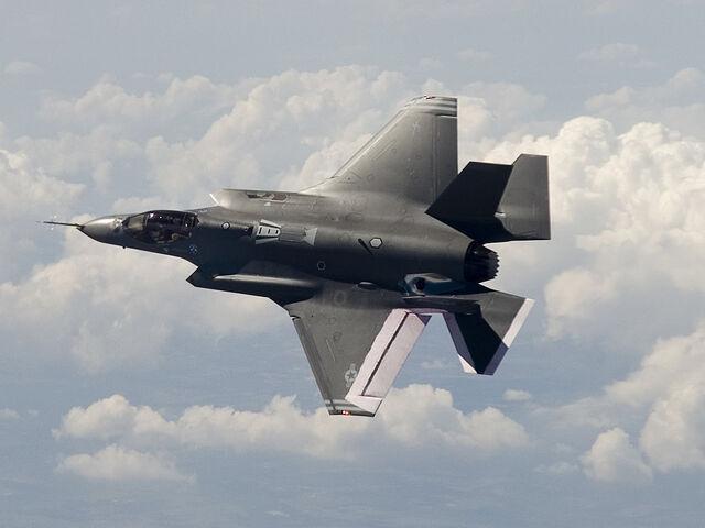File:AIR F-35A AA-1 Flight Top lg.jpg