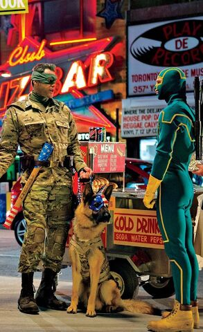 File:Colonel Stars and Stripes meets Kick-Ass.jpg